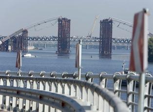 Киевский мост ввели в учебник