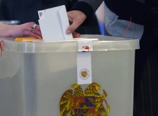 Армения: впереди правящая партия