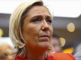 Ле Пен предложит дружить против ЕС