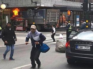 В Швеции грузовик въехал в толпу