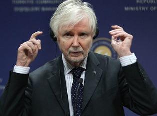 Финляндия пока думает о НАТО