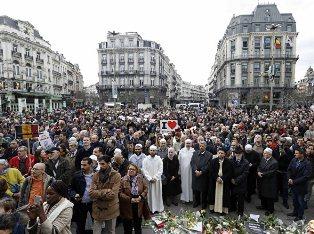 Бельгия поминает жертв терактов