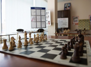 Стоклеточные шахматы: скоро