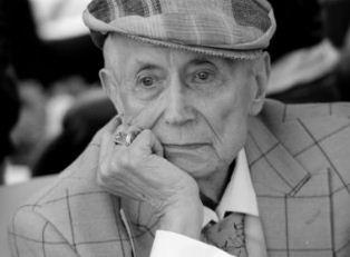 Умер поэт Евгений Евтушенко