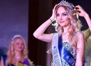 Две красивые женщин Украины