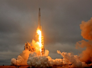 SpaceX запустил снова Falcon 9